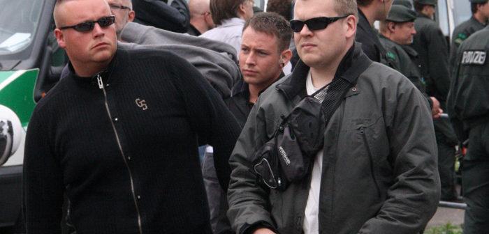 Im Bild links: Stefan Rietz, 1. Mai 2010